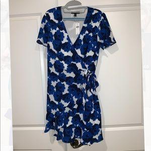 Banana Reublic blue floral dress, size 10